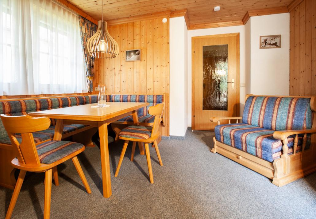 Sitzgruppe Apartment Matri 4 Arlberg