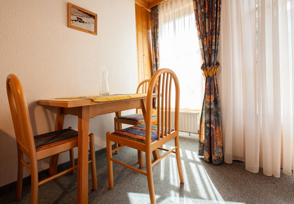Esstisch Apartment Matri 2
